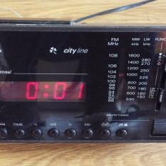 Radio cu ceas GRUNDIG CITY LINE MONTREAL - Aparat radio