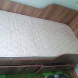 Vând pat 200x80 cm aproape nou