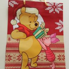 Ornamente Craciun - Plasa medie de cadouri, model de iarna, Winnie the Pouh, punga cadouri, pungi cadouri, calitate!
