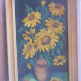 HOPCT PICTURA IN CUTIT ULEI PE LEMN  -,,FLORI DE FLOAREA SOARELUI  ,, SEMNAT IOANA IACOB 1994 FOARTE EXPRES IN RELIEF-D=49 / 28 CM CU RAMA LEMN NATUR