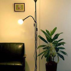 Lampadar (lampa) cu lumina ambientala si veioza pentru citit - alb sau negru -, 2 becuri