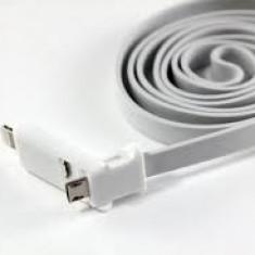 Cablu universal 2 in 1 microusb - lighting 8 PIN - usb Iphone 6 6 +5 5G 5S + iPad 1 2 3 4 and iPad mini expediere gratuita