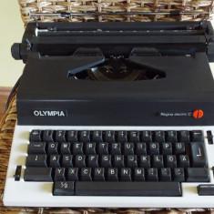 Masina de scris - Masina scris electrica OLYMPIA Regina C
