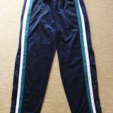 Pantaloni Reebok cu capse laterale de sus pana jos; marime S, vezi dimensiuni