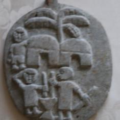 Arta din Africa - Frumoasa piatra sculptata manual cu motive africane