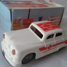 Jucarie de colectie - Jucarie veche, masinuta Salvare de tabla, plastic E Flim Lemez Foreign, Ungaria