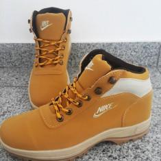 Bocanci barbati - Ghete / Bocanci Nike Mandara