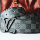 LOUIS VUITTON Curea Piele Naturala Model Damier Graphite Accesoriu Fashion