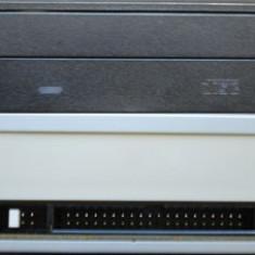Unitate DVD - IDE pentru PC + cablu date - DVD writer PC LG