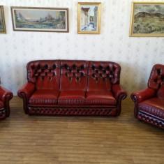 Mobilier, Sufragerii si mobilier salon, Chesterfield, Dupa 1950 - REDUCERE 20%.--Salon Chesterfield, canapea cu 2 fotolii. 100% piele naturala.