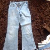 Blugi albastri de fetite, 8-10 ani, 128 cm, model evazat, COMANDA MINIMA 30 LEI