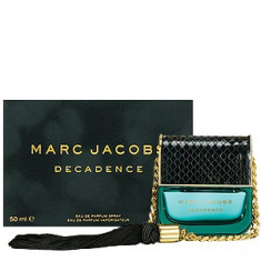 Marc Jacobs Decadence EDP 30 ml pentru femei - Parfum femeie Marc Jacobs, Apa de parfum