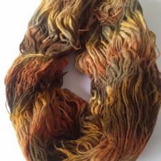 Fir de tricotat sau crosetat, lana 50%, grosime neregulata, de efect