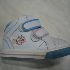 Pantofi sport copii unisex WINK;cod FJ895-1V(roz-alb);-2V(rosu-alb);marime:22-27 - Pantofi copii Wink, Marime: 23, 25, 26, Piele naturala