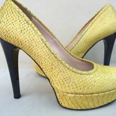 Cristhelen B, Pantofi Fashion Dama, Piele Naturala Sarpe Galben, Original - Pantofi dama, Marime: 37