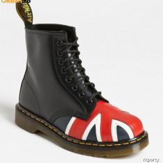 Dr. Martens Union Jack Combat Boot (Unisex) marimi disponibile :39 si 41, Culoare: Din imagine