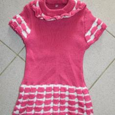 Rochita, rochie fetite, tricotaj moale, 2-4 ani, ciclam. COMANDA MINIMA 30 LEI!