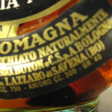 vecchia romagna,   etichetta nera  -cl 75  gr 40 sticla ani 60