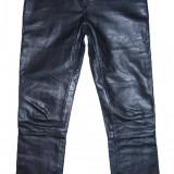 PANTALONI PIELE NATURALA - (MARIME: 32) - Talie = 80 CM, Lungime = 110 CM - Pantaloni dama, Culoare: Negru