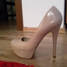 Pantofi dama - Pantofi ALDO nude piele lacuita exterior cu livrare GRATUITA in tara