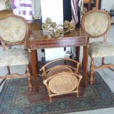 Mobilier - Superba pereche scaune cu tapiterie / scaune vechi din lemn masiv