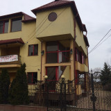 Casa de vanzare, Numar camere: 9, Suprafata: 270, Suprafata teren: 250 - Vila Cornetu