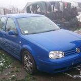 Dezmembrez Volkswagen Golf 4 motor 1.6 benzina an 2000 - Dezmembrari