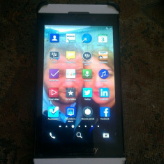 Telefon mobil Blackberry Z10, Alb, Orange - Blackberry Z10