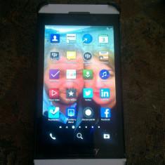 Blackberry Z10 - Telefon mobil Blackberry Z10, Alb, Orange