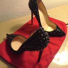 Pantofi stiletto CHRISTIAN LOUBOUTIN Pigalle Spikes - PE STOC - Super Promotie!! - Pantof dama Christian Louboutin, Marime: 36, Culoare: Negru, Piele naturala