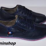 Pantofi TOMMY HILFIGER - 100% Piele Naturala - Alb / Bleumarin / Negru !!!