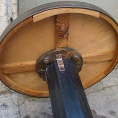 Mobilier - Masa interbelica rotunda din alama si lemn