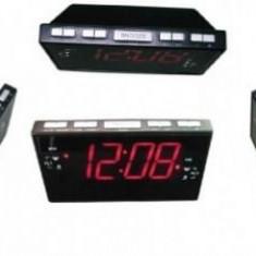 Ceas desteptator - Ceas cu ecran LCD Sheep CR-8828P cu radio FM