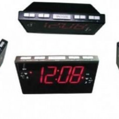 Ceas cu ecran LCD Sheep CR-8828P cu radio FM