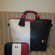 Set dama geanta si portofel Tommy Hilfiger +CADOU - Geanta Dama, Culoare: Din imagine, Marime: Mare