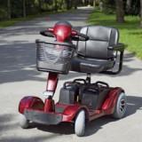 Mașinuță electrică pentru bătrâni și persoane cu dizabilități - Scaun cu rotile