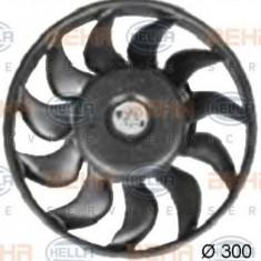 Ventilator, radiator AUDI A4 1.8 T - HELLA 8EW 351 038-371 - Ventilatoare auto PIERBURG