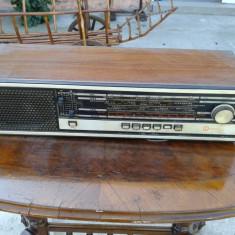 RADIO VECHI ROYAL IN STARE DE FUCTIONARE . - Aparat radio, Analog