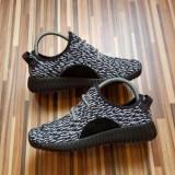Adidas YzY Boost dama ultimul model 2016 - Adidasi dama, Marime: 38, 39, Culoare: Din imagine, Textil