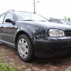 Golf 4 - Autoturism Volkswagen, An Fabricatie: 2000, Benzina, 209525 km, 1600 cmc