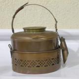 Metal/Fonta, Ornamentale - Superb ceainic vechi din alama !