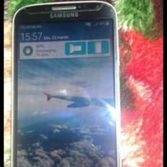Telefon mobil Samsung Galaxy S4, Negru, 16GB, Neblocat, Single SIM - Vand urgent Samsung Galaxy S4