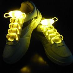 Sireturi pentru pantofi luminescente cu led, albastre, rosii, galbene - Pantofi barbati, Marime: Alta, Culoare: Albastru, Rosu