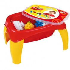 Masinuta de jucarie - Masa de activitati cu 42 de cuburi