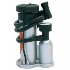 Pompa aer auto Carpoint de picior cu saculet 10 bar, model MINI 130x60x90mm pentru auto si moto