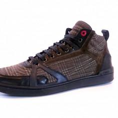 Sneakers MOSCHINO model 56109 - Ghete barbati Moschino, Marime: 42, Culoare: Din imagine