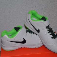 Adidasi tenis copii Nike Vapor Court - Adidasi pentru Tenis
