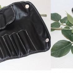 Portfard negru Fraulein38 pentru depozitarea pensulelor - Geanta cosmetice