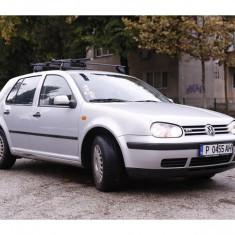 VW GOLF 4 1.6 SR BENZINA PE BULGARIA (ACTE IN REGULA, ESTE IN CIRCULATIE), An Fabricatie: 1999, 205000 km, 1598 cmc
