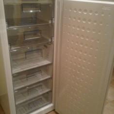 Congelator Arctic 215l cu 6 sertare foart putin folosit stare imbecabila.